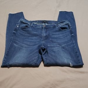 Kendall and Kylie skinny jean medium wash